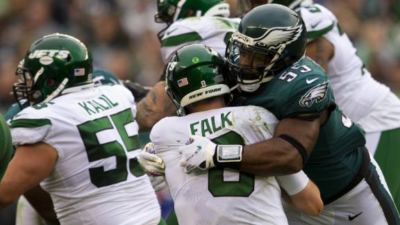 Eagles' defense feasts on Jets with 10 sacks, 2 TDs