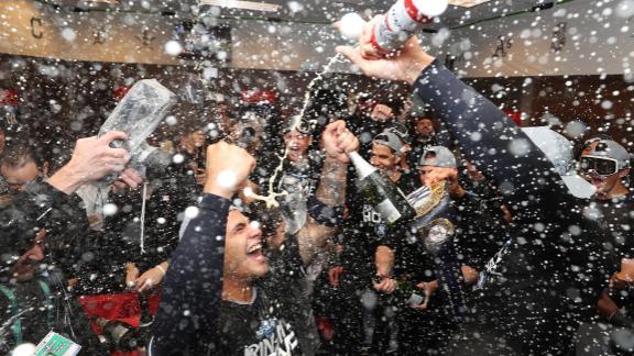 Yankees make a splash in locker room after sweep