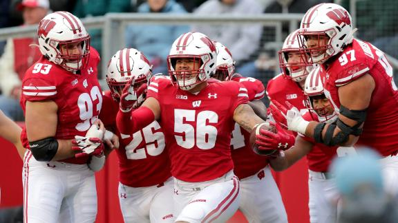 Wisconsin shuts out Michigan State in decisive win