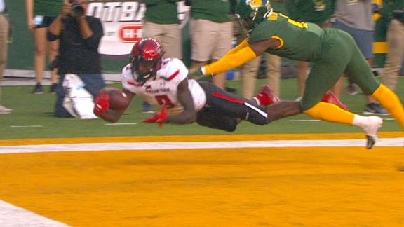 Texas Tech's Vasher makes difficult TD catch in OT