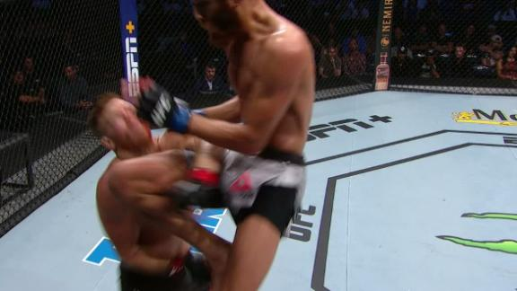 Pena levels Frevola with flying knee