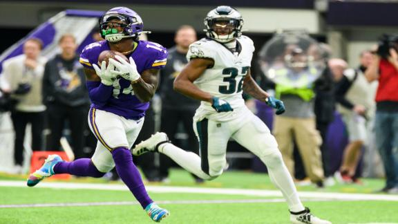 Diggs has monster game with 3 TDs