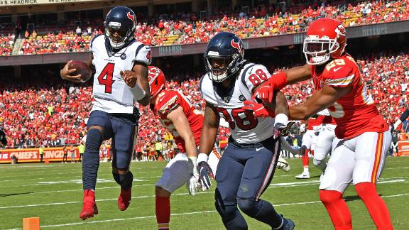 Watson's three total TDs lead Texans to win in KC
