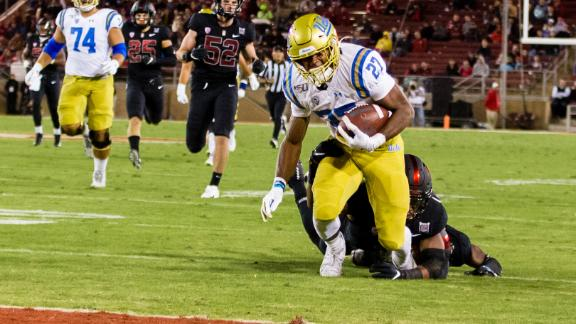 Kelley's foot race puts UCLA at 1-yard line, Bruins score