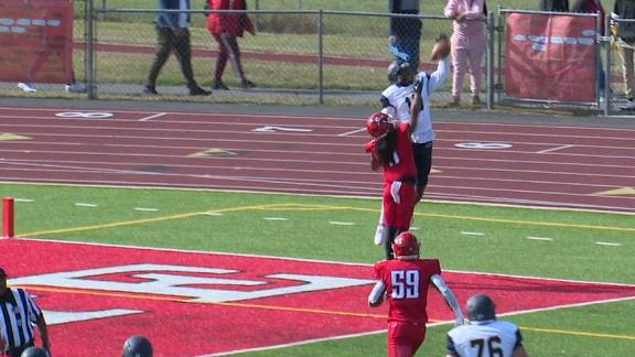 Merrimack WR elevates for great one-handed TD grab
