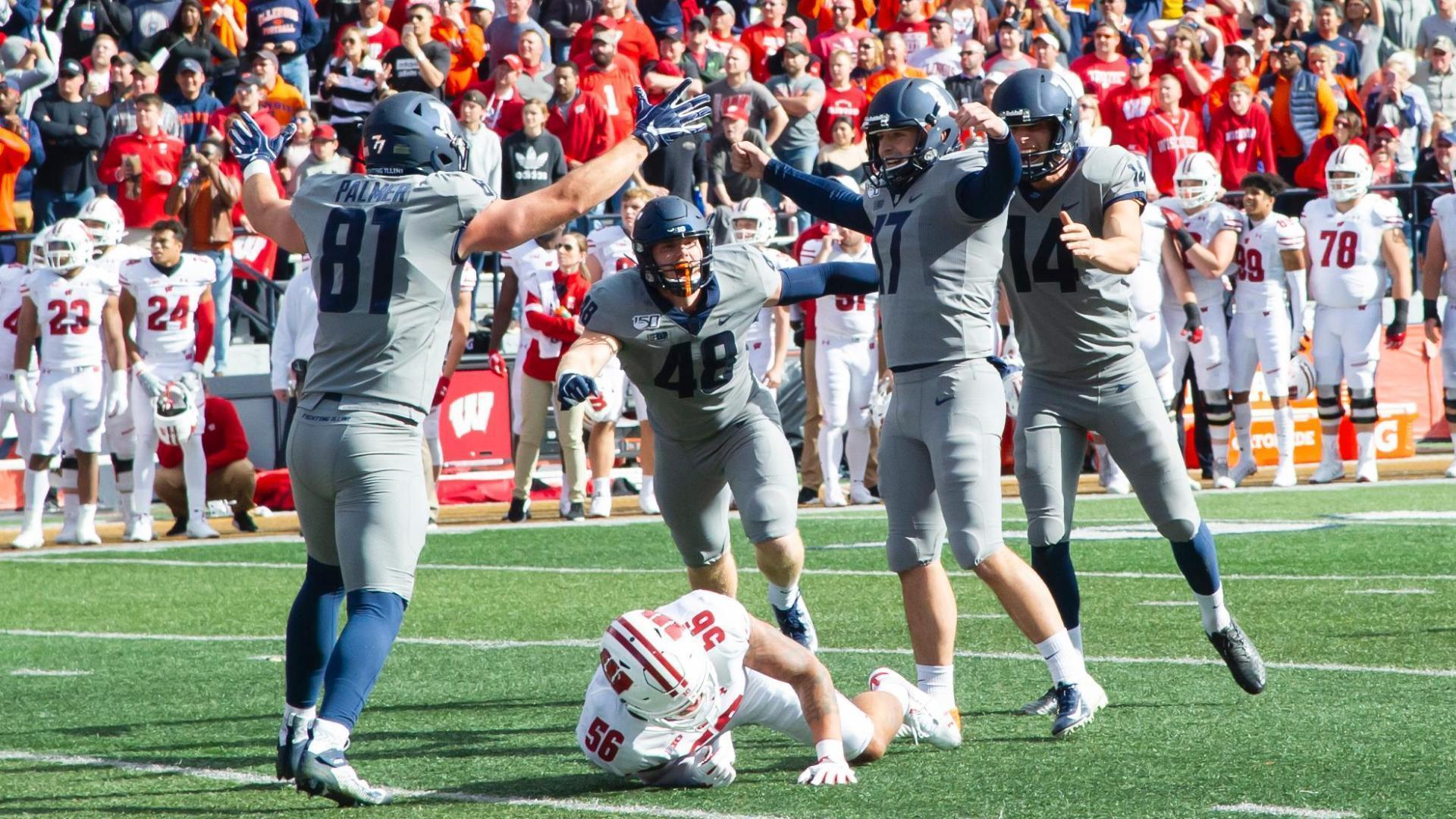 Illinois upsets Wisconsin with 39-yard FG