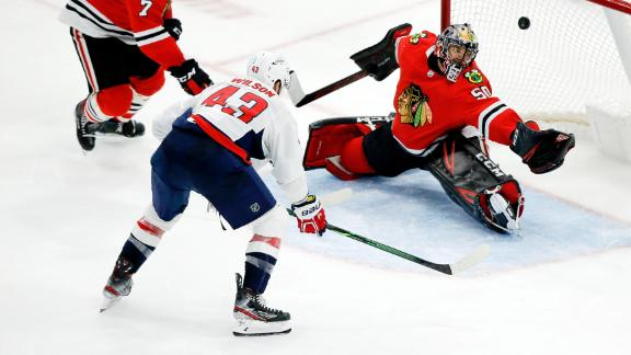 Wilson's goal lifts Caps past Blackhawks