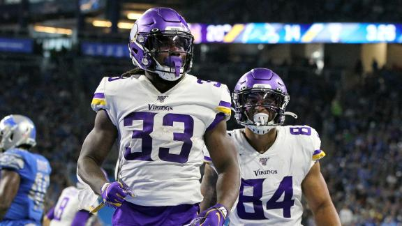 Cook carries Vikings to victory