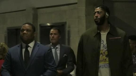 AD arrives for Lakers debut