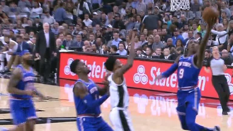 Barrett turns defense into offense for 1st NBA bucket
