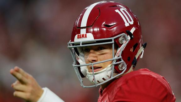 Bama breezes past Arkansas on Jones' 3 TDs