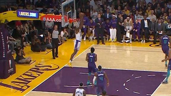 Dwight throws down reverse alley-oop dunk