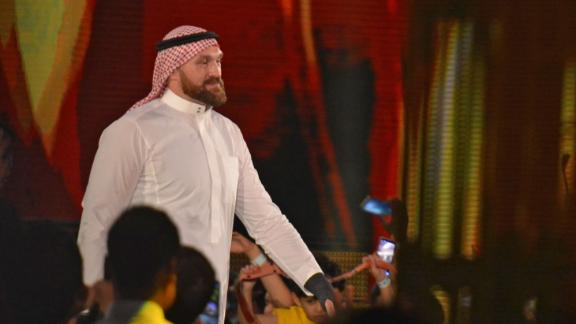Tyson Fury makes stunning WWE debut