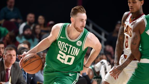 Hayward's 39-point night leads Celtics past Cavs