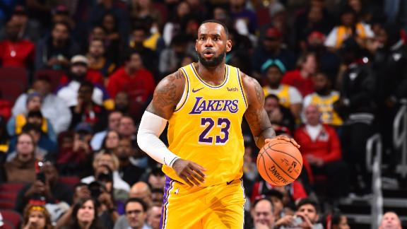 LeBron stays hot with his 3rd consecutive triple-double