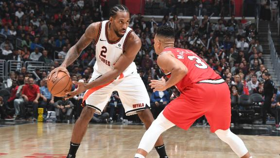 Kawhi carries Clippers with big 4th quarter