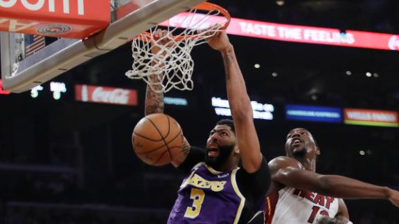 AD overpowers Heat with 26-point night