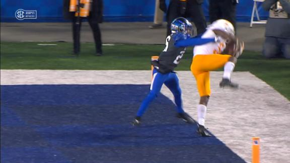 Vols WR Palmer tight ropes end zone for sick TD