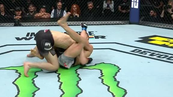 Nurmagomedov gets takedown, but loses to Zawada