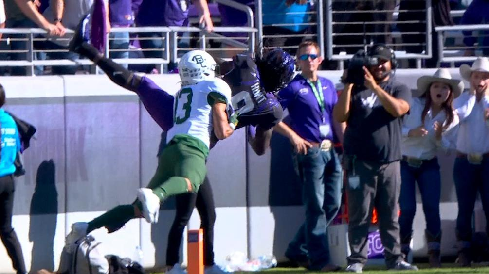 Hunt's wild catch sends TCU to second overtime
