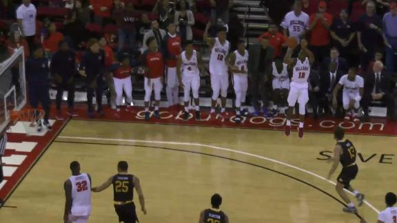 Fresno State's buzzer-beating 3 gets applause from Paul George