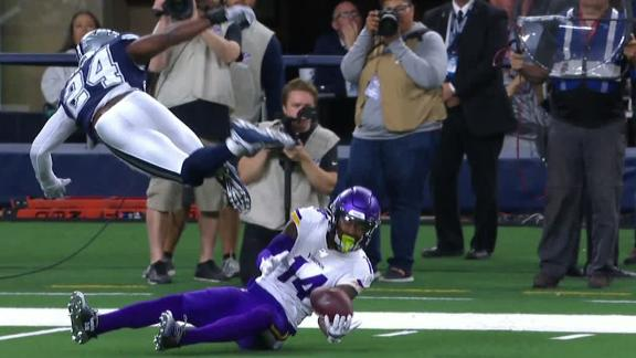 Diggs comes up with unbelievable catch
