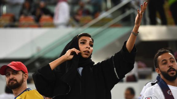 Las mujeres podrán asistir a la Supercopa de España, con la vestimenta que deseen
