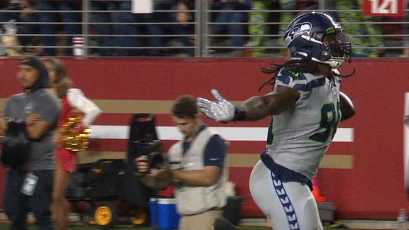 Clowney scoops and scores Jimmy G's fumble
