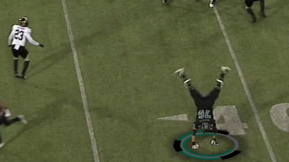 Ohio lineman lines up at WR, does a cartwheel mid-play