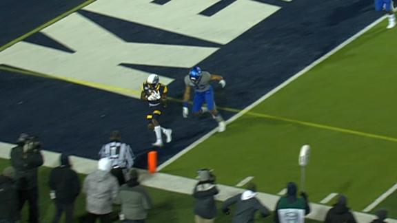 Kent State ties it up on Carrigan's TD