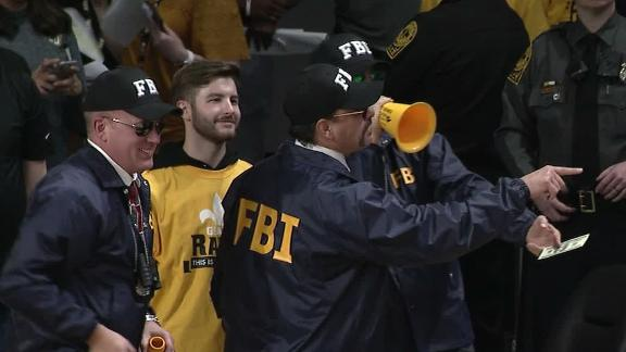 VCU fans troll former coach Wade with FBI outfits
