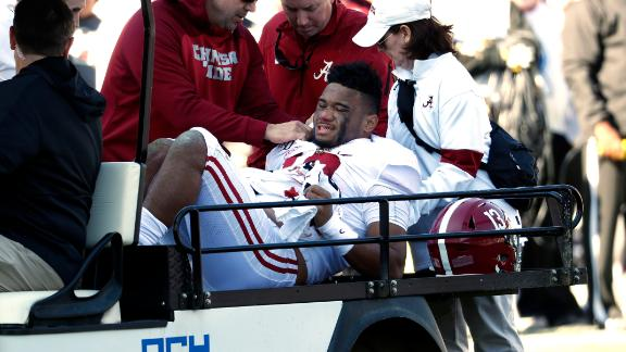 Tua throws 2 TDs, leaves game with injury