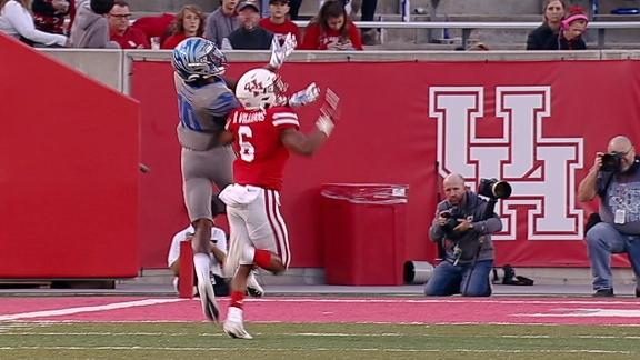 Coxie hauls in over-the-shoulder TD for Memphis