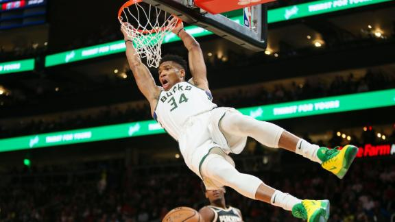 Giannis tallies another double-double in Bucks' win