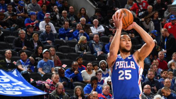 Simmons hits 1st career triple, notches double-double in win