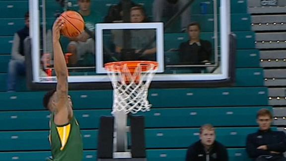 Baylor's Vital bashes alley-oop