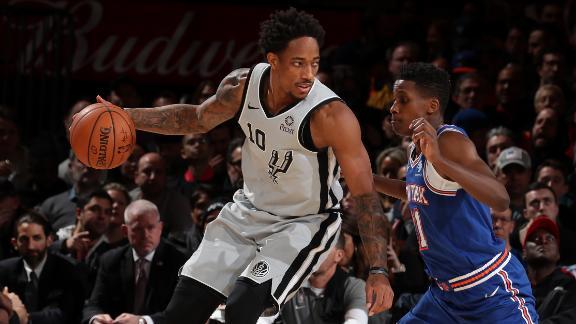 Spurs snap 8-game slide behind DeRozan's 21 points