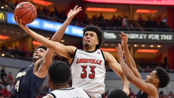 Nwora leads Louisville to win vs. Akron