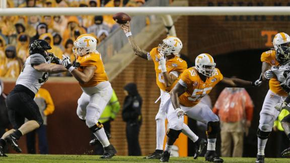 Tennessee tops Vandy to extend win streak to five