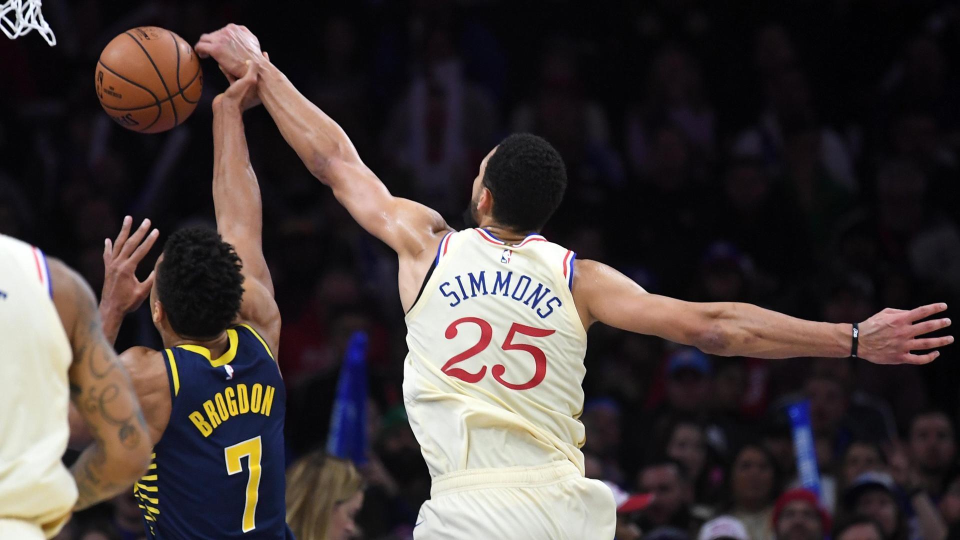 Simmons hustles back for the block