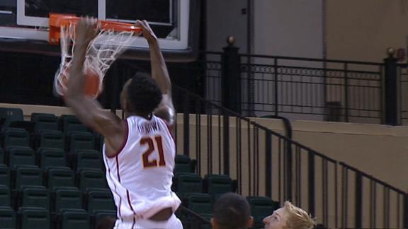 Okongwu puts on dunk show in USC's win vs. Harvard