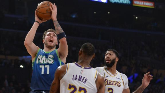 Luka, Mavericks snap Lakers' win streak