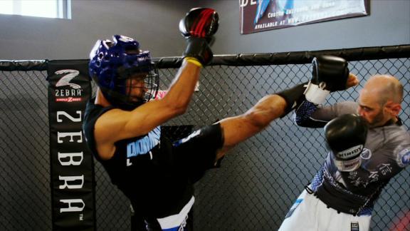 UFC to honor Stuart Scott