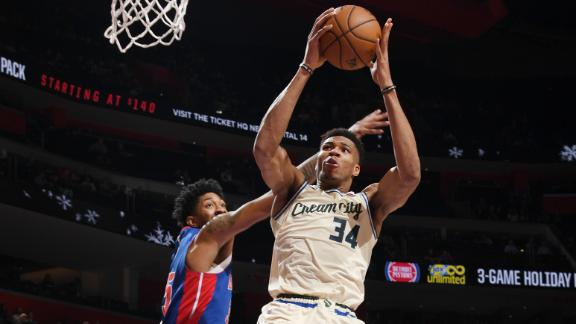Giannis' 35 points leads Bucks to 13th-straight win