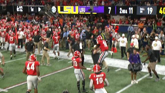 Georgia DB levels coach after fumble recovery
