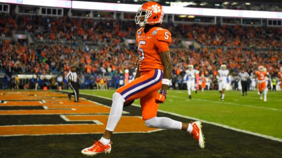 Higgins, Lawrence fuel Clemson to rout and 5th-straight ACC title