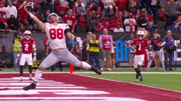 Ruckert makes amazing one-handed TD catch