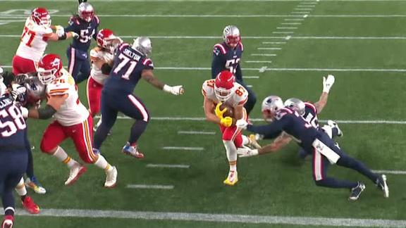 Kelce calls his own number for TD