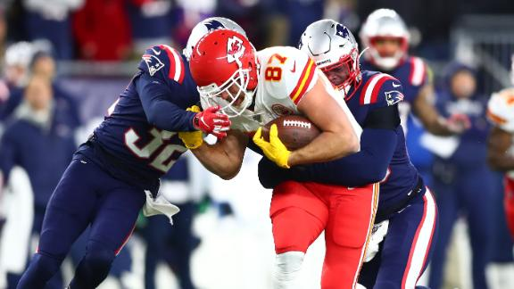 Chiefs' first half too much for Pats to overcome