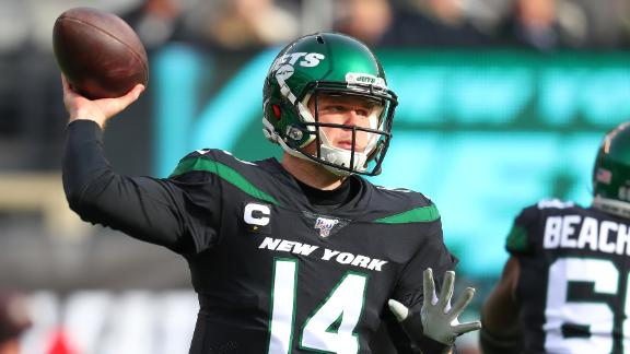 Darnold throws 2 TD passes as Jets top Dolphins
